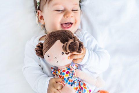 Υφασμάτινη-κούκλα-αγκαλιάς-για-κοριτσάκια-Λένα-Ροζ-BabyOno